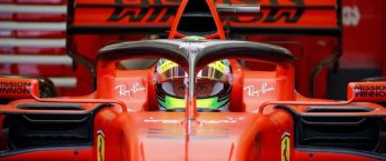 https://www.tp24.it/immagini_articoli/02-04-2019/1554230088-0-mick-schumacher-debutta-ferrari-mamma-corinna-segue-bordo-pista.jpg