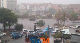 https://www.tp24.it/immagini_articoli/07-12-2020/1607322514-0-il-maltempo-flagella-la-sicilia-temporali-e-mareggiate-allerta-meteo-anche-per-oggi-nbsp.jpg
