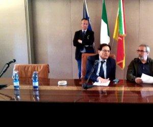 https://www.tp24.it/immagini_articoli/15-05-2015/1431678370-0-evasori-eccellenti-di-sicilia-spuntano-i-primi-nomi-notaipregiudicatipolitici.png