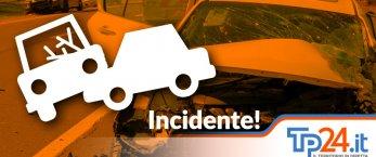 https://www.tp24.it/immagini_articoli/20-01-2021/1611132558-0-sicilia-utilitaria-travolta-da-un-tir-in-autostrada-muore-una-donna-nbsp-nbsp.jpg