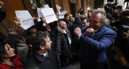 https://www.tp24.it/immagini_articoli/20-02-2019/1550649239-0-giunta-senato-dice-processo-salvini-unofferta-maio.jpg