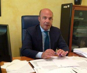https://www.tp24.it/immagini_articoli/21-05-2020/1590038794-0-corruzione-e-appalti-pilotati-arresti-eccellenti-nella-sanita-siciliana.jpg