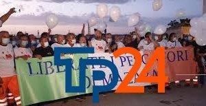 https://www.tp24.it/immagini_articoli/21-11-2020/1605945915-0-pescatori-mazaresi-in-libia-questo-pomeriggio-una-manifestazione-a-palermo.jpg