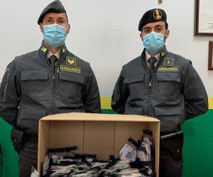 https://www.tp24.it/immagini_articoli/22-10-2020/1603358230-0-sicilia-vende-nbsp-mascherine-non-conformi-denunciato-un-farmacista.jpg