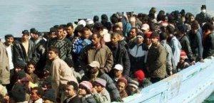 https://www.tp24.it/immagini_articoli/22-11-2014/1416670387-0-immigrazione-soccorse-690-persone-nel-canale-di-sicilia-un-disperso.jpg