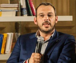 https://www.tp24.it/immagini_articoli/24-11-2020/1606256482-0-borrometi-contro-giuliano-in-aula-il-casellario-giudiziario-e-i-carichi-pendenti-del-giornalista.jpg