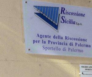 https://www.tp24.it/immagini_articoli/26-11-2020/1606378156-0-riscossione-sicilia-ettore-falcone-nuovo-presidente-del-cda.jpg
