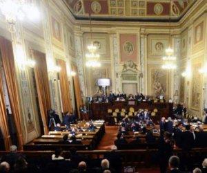 https://www.tp24.it/immagini_articoli/29-04-2020/1588182285-0-sicilia-bagarre-all-ars-musumeci-urla-e-se-ne-va.jpg