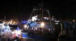 https://www.tp24.it/immagini_articoli/30-08-2020/1598767708-0-migranti-ancora-sbarchi-in-sicilia-e-salvataggi-in-mare-la-situazione-nbsp.jpg
